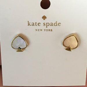 NWT Kate Spade Sign. Spade Stud Earring Cream/Gold